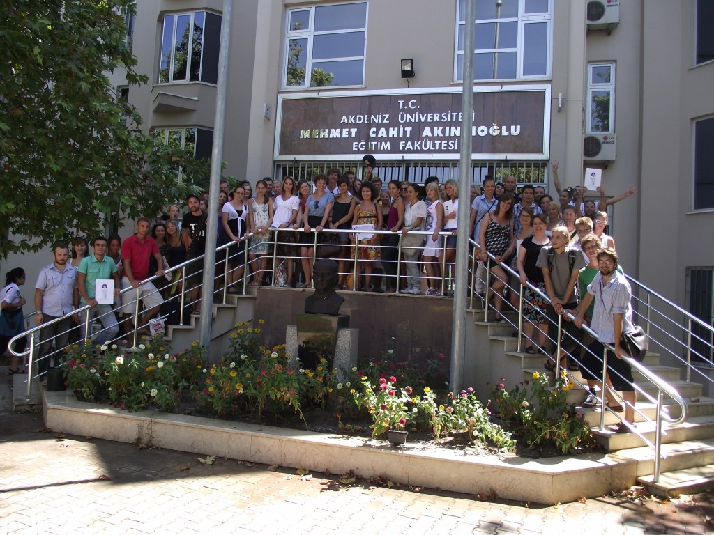 Tešíme sa z certifikátov - dosiahli sme A1 level v turečtine!
