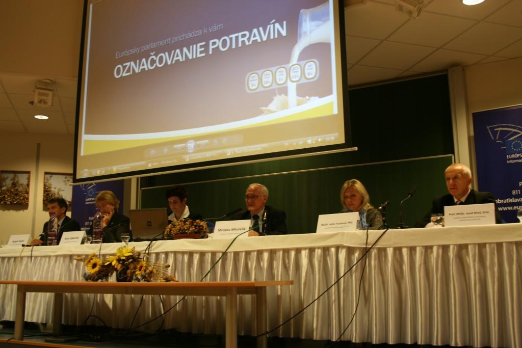 2510-forum-obcanov