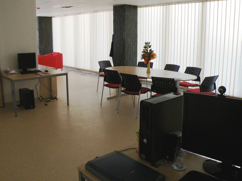 laboratorium-ktvs-miesto-pre-stretnutia-aj-vyskum