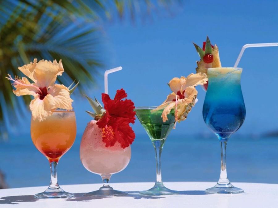 Namiešajte si pestrofarebný drink s chuťou leta!
