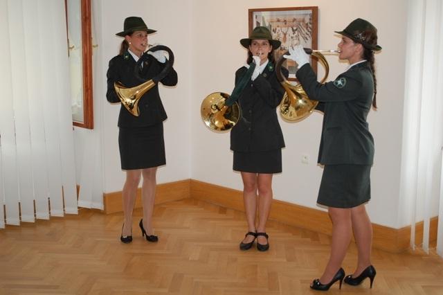 Na vernisáži vystúpilo Hornové trio z Technickej univerzity vo Zvolene