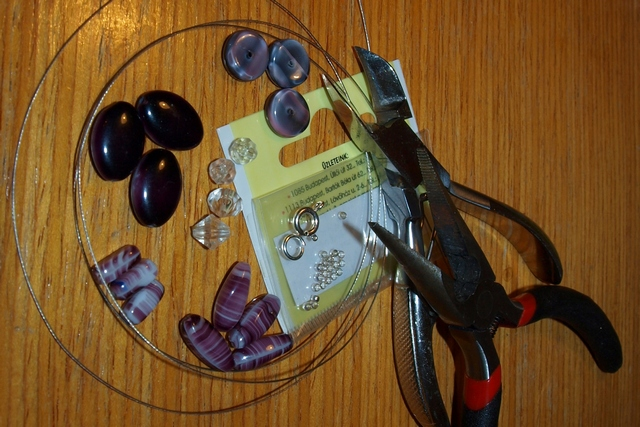 1 Dámsky náhrdelník (Petra Čergeťova)