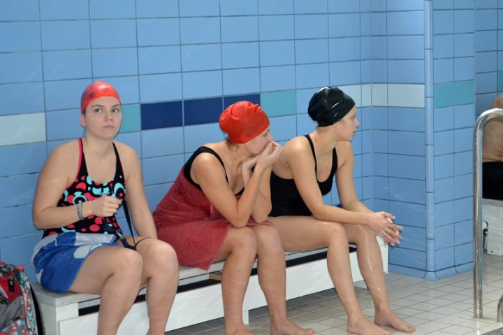 súťažiaci plaveckej súťaže