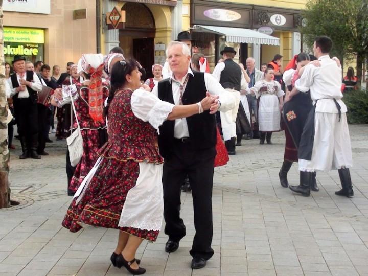 Stavanie mája Nitra 2014 (15)