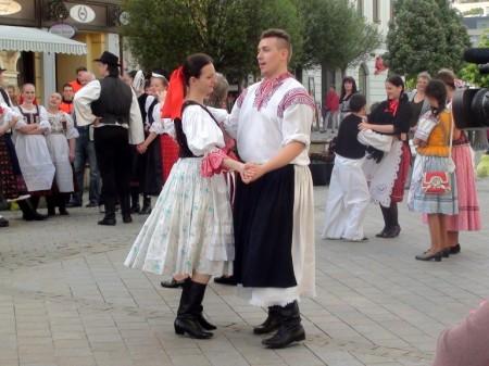Stavanie mája Nitra 2014 (18)