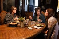 still-of-julia-roberts-meryl-streep-and-julianne-nicholson-in-tinutul-din-mijlocul-verii-2013-large-picture