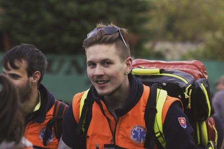 Výstupu sa zúčastnili aj záchranári.