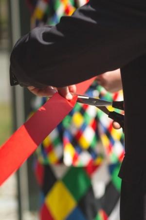 Červenú pásku prestihli rektor spolu s dekankou Pedagogickej fakulty