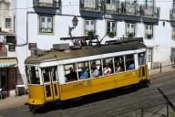 lisbon-1395924_1920