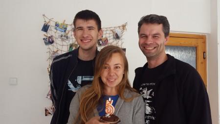 K rozhovoru s Gabrielou, Tím centra oslavuje 5. narodky