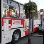 retrobus_bus_ikarus_odparkoval_priamo_na_namesti