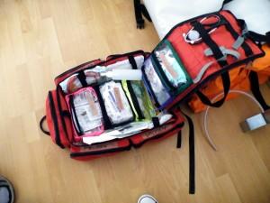 taska-paramedic-vybavena-pre-poskytnutia-predlekarskej-prvej-pomoci