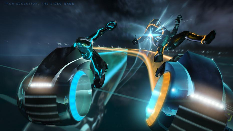 V Tron Evolution si užijeme aj svetelné motorky