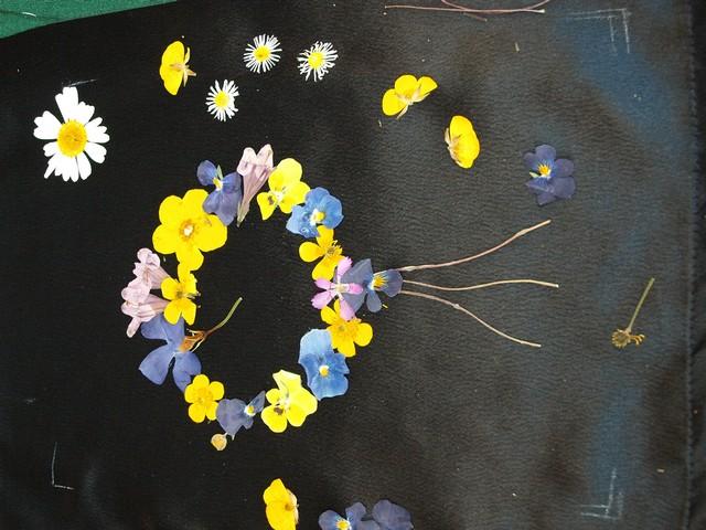 5 Kytica z lisovaných kvetov (Petra Čergeťová)