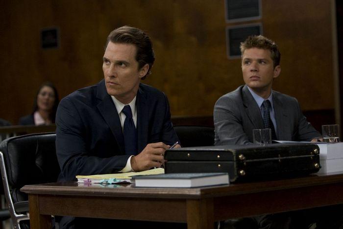 Matthew McConnaughey a Ryan Phillipe vo filme The Lincoln Lawyer