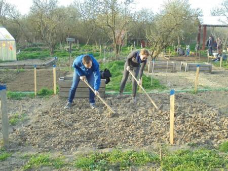 V záhradke si študenti SPU môžu urobiť aj prax