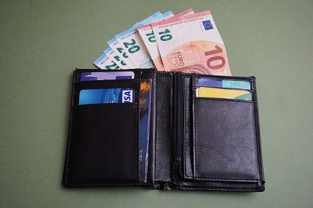 wallet-1487124_640