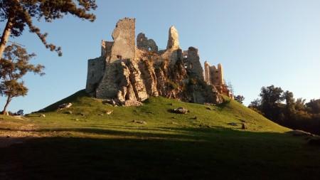 Hrušovský hrad 2 - autor Tibor Habo