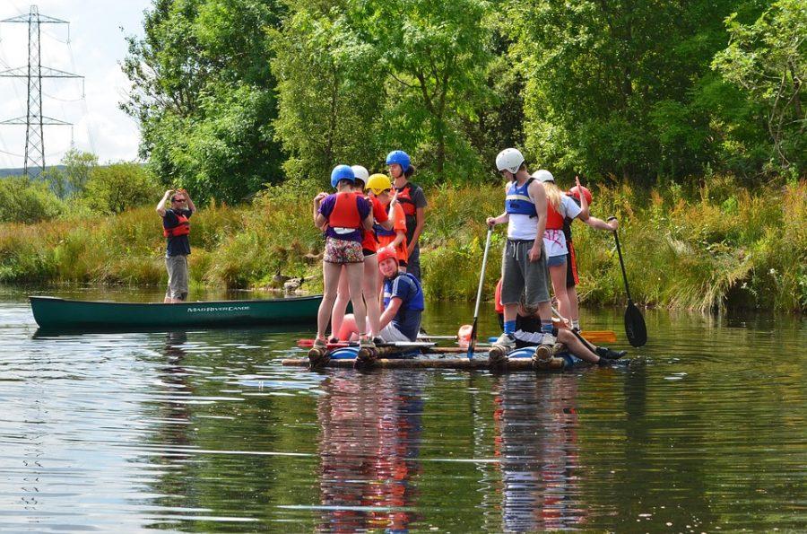 Brigada na leto - pri vode